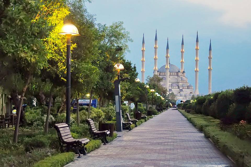 Rejser til Adana