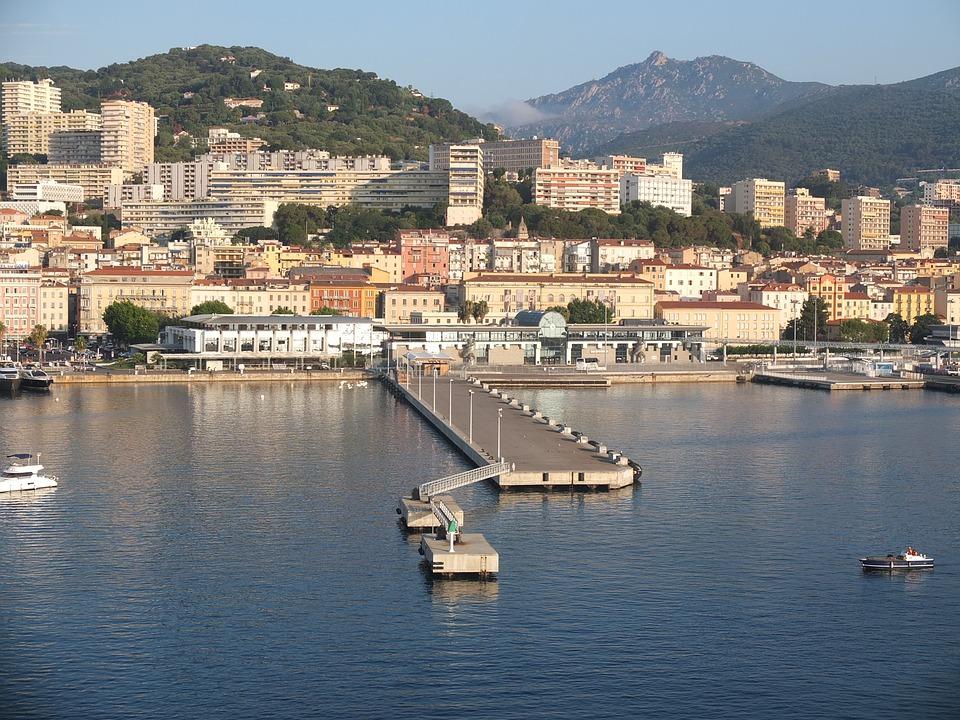 Rejser til Ajaccio