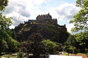 Rejser til Edinburgh