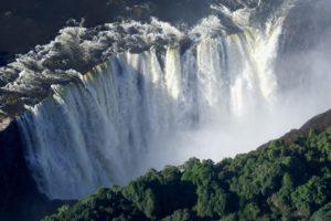 Rejser til Victoria Falls