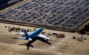 parkering ved lufthavnen